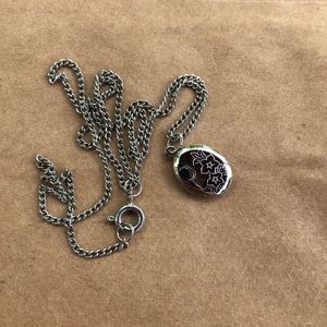 Vintage Dainty Embossed Silver Locket